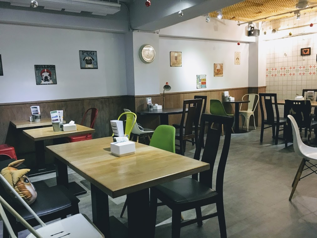 the main seat in Choose Me Cafe & Meal b1
