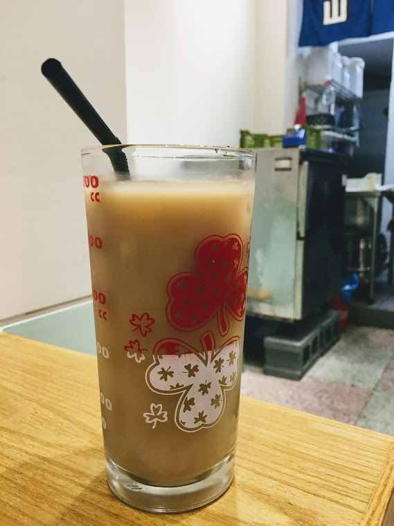 the milk tea in the shanwich