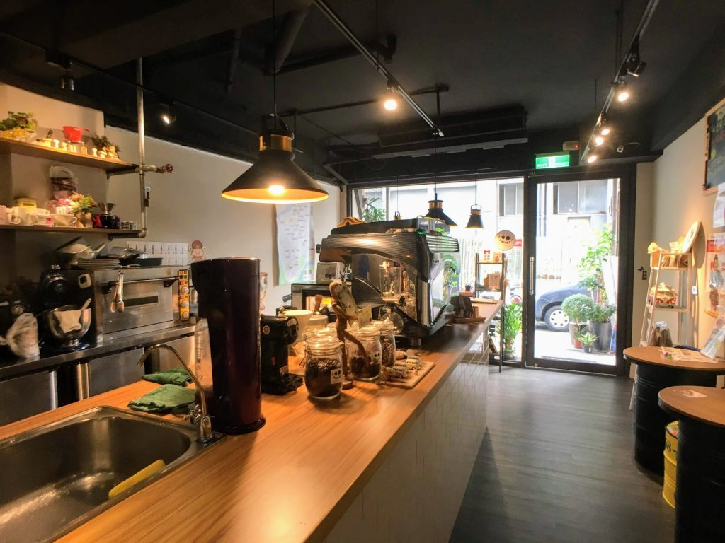 Tsubi Coffee 館外風景